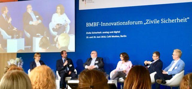 """Abschlussplenum im BMBF-Innovationsforum """"Zivile Sicherheit"""" 2018"""